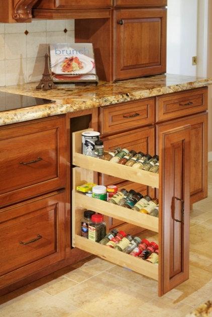 Mediterranean Kitchen by DreamBuilders Home Remodeling