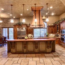 Mediterranean Kitchen by Professional Design Consultants