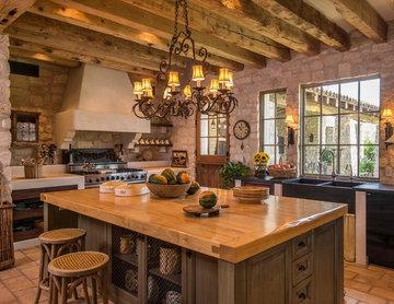 Tuscan Style Old World Kitchen