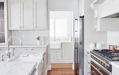 Stickybeak of the Week: A Kitchen Gets a Luxe Hamptons-Style Makeover