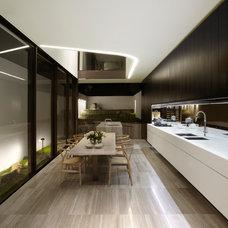 Modern Kitchen by Smart Design Studio
