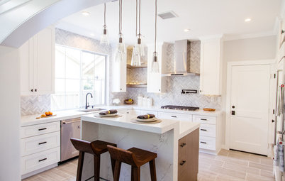 Kitchen of the Week: Asymmetry Creates a Standout Space