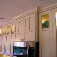 Traditional Kitchen by GEOWEN Custom Carpentry, Inc