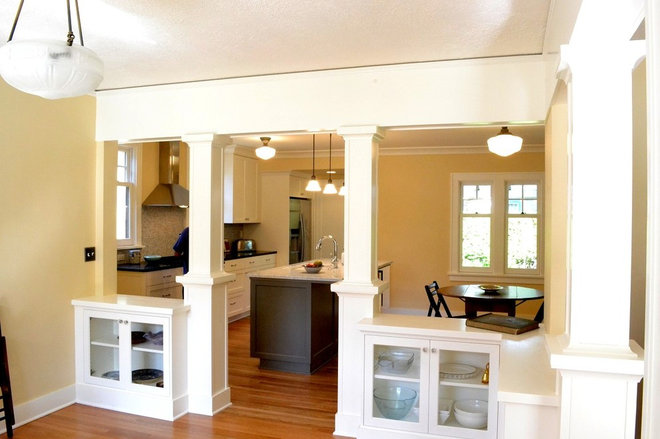 Traditional Kitchen by Alice Design