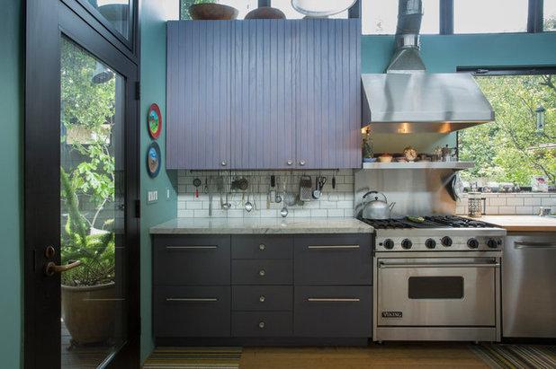 Kitchen by Margot Hartford Photography