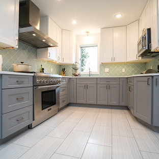75 Beautiful Kitchen With Gray Cabinets And Green Backsplash Pictures Ideas January 2021 Houzz