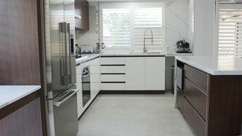 Two Tone Kitchen - Casula
