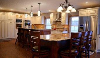 Two-tone Kitchen in Meadville