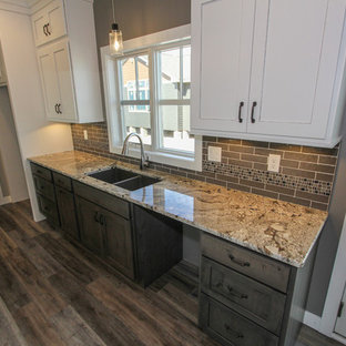 Two-tone Transitional Kitchen Design