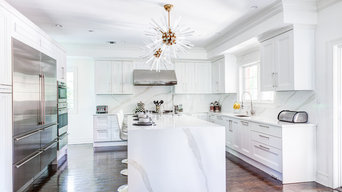 Two Tone Transitional Kitchen