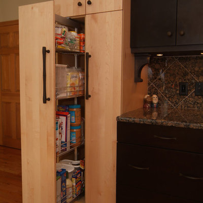 Kitchen pantry - mid-sized contemporary u-shaped light wood floor kitchen pantry idea in Boston with an undermount sink, flat-panel cabinets, light wood cabinets, granite countertops, multicolored backsplash, stone tile backsplash, stainless steel appliances and no island