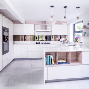 U-shaped contemporary kitchen