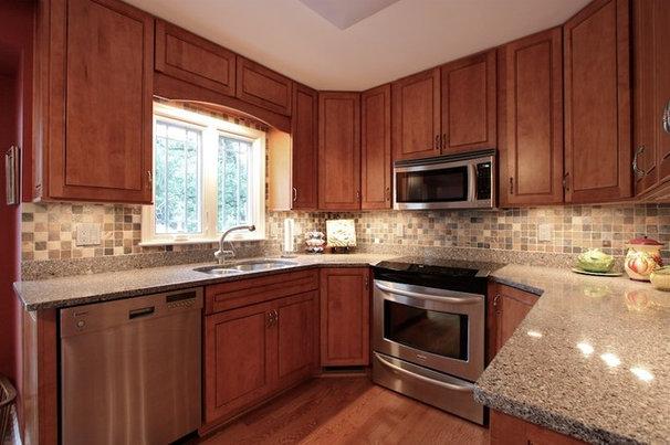 Traditional Kitchen by Hambleton Construction LLC