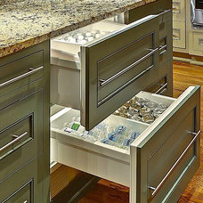 Traditional Kitchen by Forte Building Group, LLC