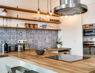 Une cuisine contemporaine au Père Lachaise dans un appartement de 80m2