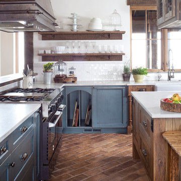 """Unfitted"" Rustic Farmhouse"