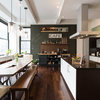 Houzz Tour: Coffee and World Travel Inspire a Bachelor Pad