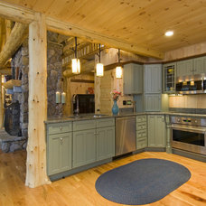 Rustic Kitchen by Old Hampshire Designs Inc