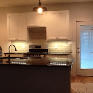 Inspiration for a modern kitchen remodel in Austin