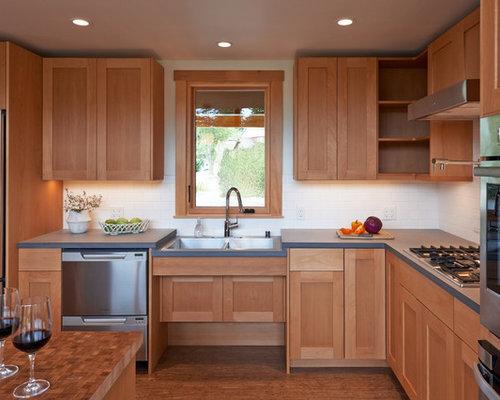Best lift up cabinet doors design ideas remodel pictures for Universal design kitchen ideas