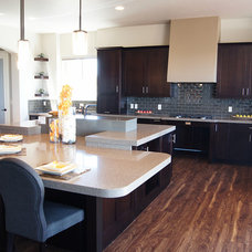 Contemporary Kitchen by Decor & You Colorado