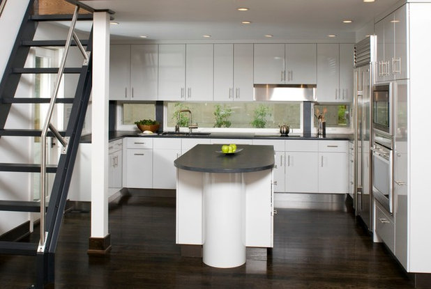 Contemporary Kitchen by HINGEWORKS Cabinetry & Construction