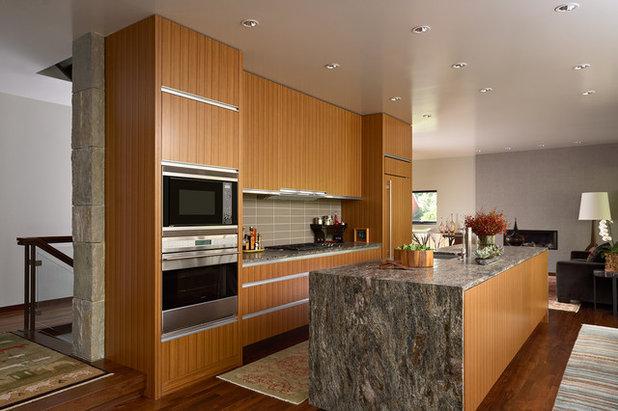 Contemporary Kitchen by David Heide Design Studio