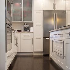 Transitional Kitchen by designs by human.