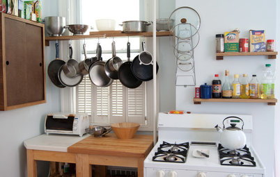 Small Living 101: Smart Space Savers for Your Kitchen Walls