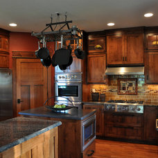 Traditional Kitchen by Welcome Home Design