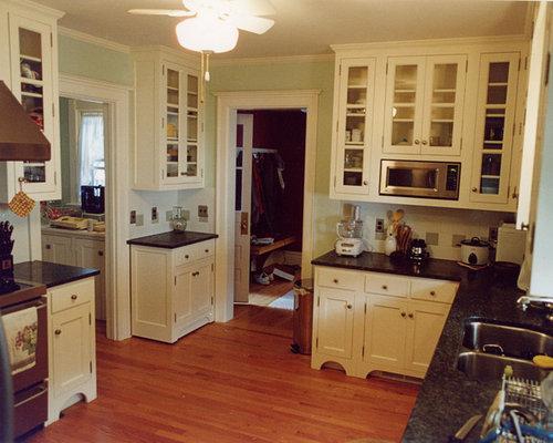 Victorian 12x12 kitchen design ideas remodels photos for Kitchen designs 12x12