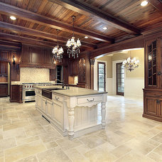 Traditional Kitchen by The Construction Experts