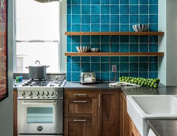 Uptown Family - Kitchen