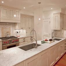 Traditional Kitchen by Gardner Mohr Architects LLC