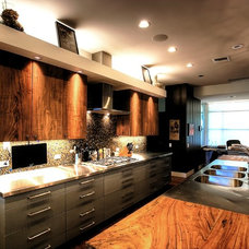 Eclectic Kitchen by Barley|Pfeiffer Architecture