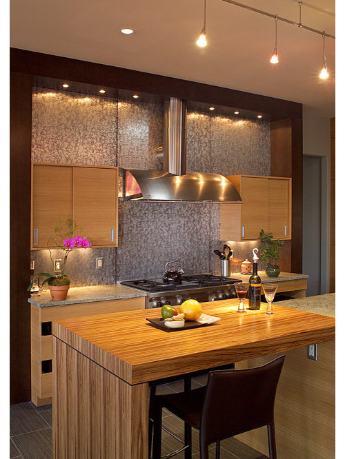 Inspiration For A Contemporary Kitchen Remodel In Raleigh
