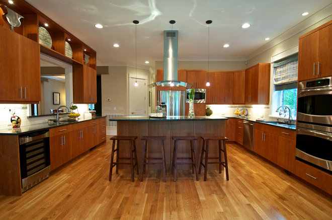 Contemporary Kitchen by Blue Sky Building Company