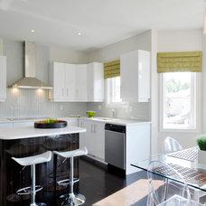 Modern Kitchen by Darren Walker - Kitchen Craft