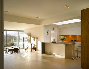 Urbo bespoke kitchen