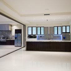 Modern Kitchen by MS Design Pty Ltd