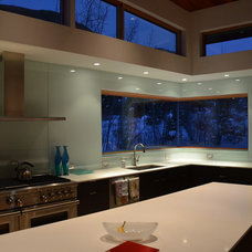Contemporary Kitchen by Blueline Architects p.c.