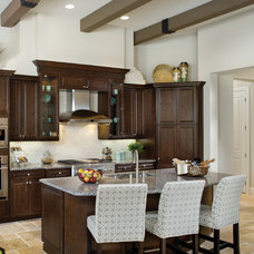 Mediterranean Kitchen by Arthur Rutenberg Homes