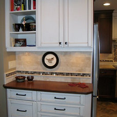 Traditional Kitchen by Lindquist and company, Kitchens and Baths