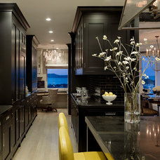 Modern Kitchen by Design Line Construction, Inc.