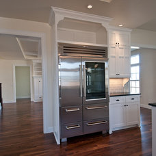 Traditional Kitchen by dC Fine Homes & Interiors