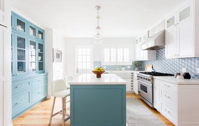 A Graphic Backsplash Sets the Color Palette for a New Kitchen