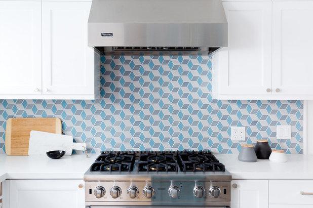 Kitchen by Sandra Fox Interiors