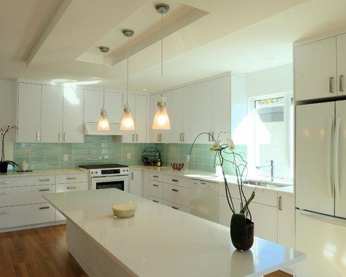 Kitchen Island Kitchen Design Ideas, Remodels & Photos with Blue ...