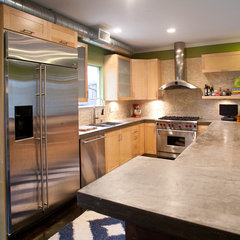 modern kitchen by Modern Craft Construction, LLC
