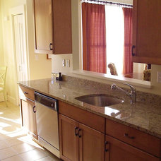 Traditional Kitchen by Kitchen Views at National Lumber